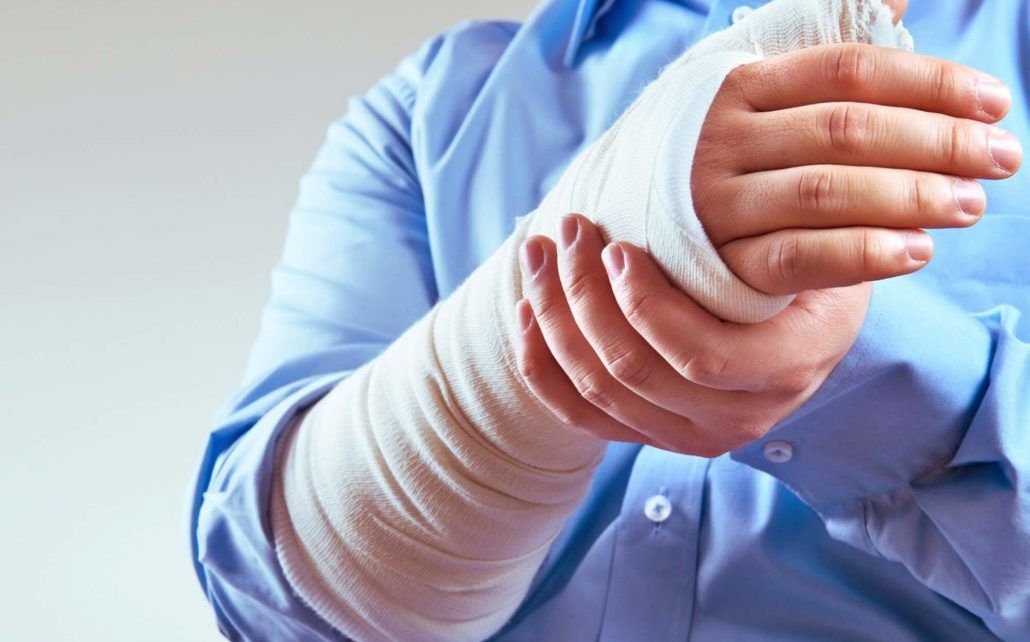 Fracture Occur When Pressure Exerted Greatly