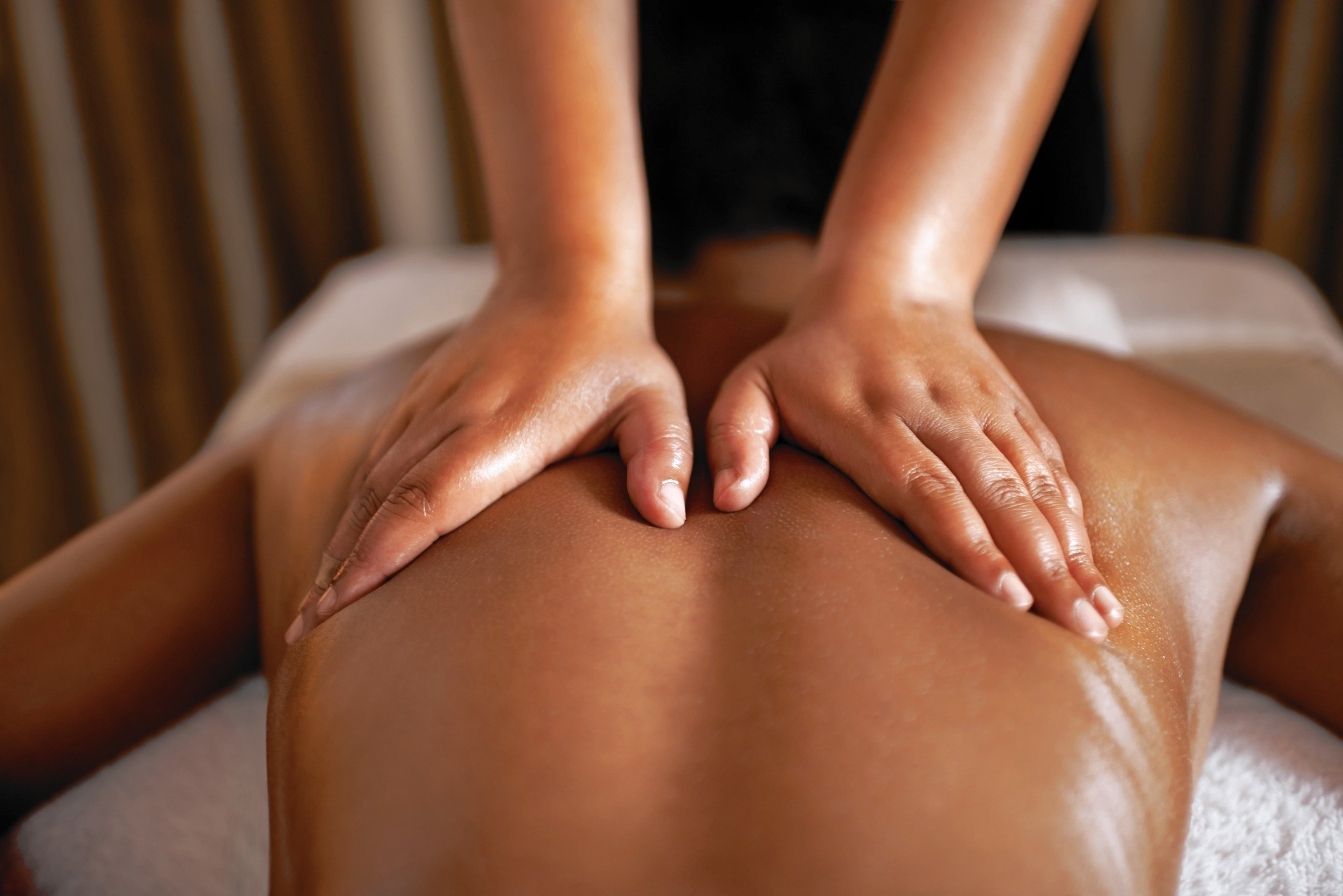 A Sensual Massage learn how to give a sensual therapeutic massage utilizing
